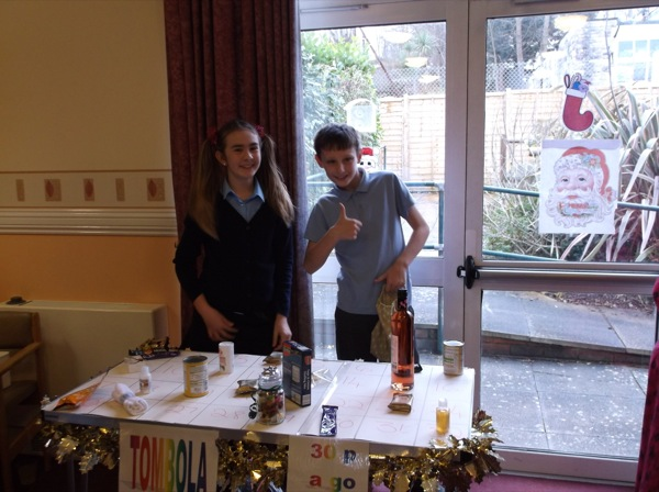 day centre christmas fair (1)