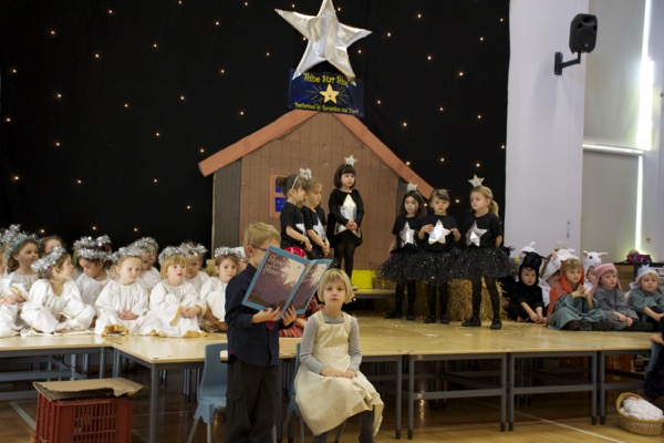 Christmas Shows St Mary S Catholic Primary School
