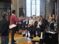 1516_sing at st marys church (16)