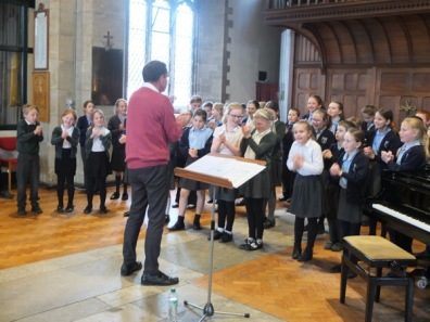 1516_sing at st marys church (17)