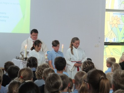 1516_leavers mass (2)